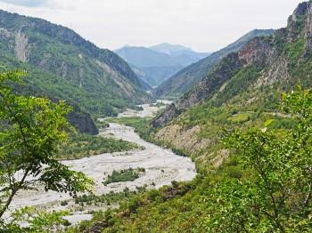 alps-river-1927686_1280