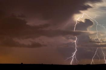 storm-4821860_1280